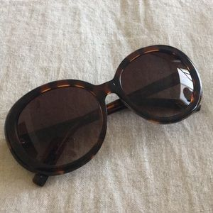 Anthropologie retro tortoise round sunglasses